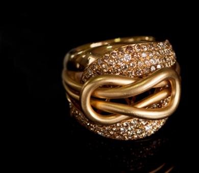 R&J Jewelry Class Rings & Metalcraft Inc